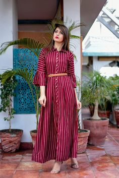 On Booking Buy mustard nx bells & belts designer long straight checks kurtis catalog wholesale rate at Wholesale Price. Pakistani Dresses Casual, Indian Gowns Dresses, Pakistani Dress Design, Salwar Designs, Kurti Designs Party Wear, Indian Designer Outfits, Indian Outfits, Designer Dresses, Designer Kurtis