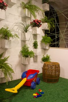 Jardines verticales vertical gardens on pinterest - Jardines economicos ...