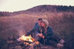 love this engagement session by alixann loosie photography.