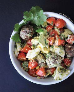 4. Breakfast Salad #whole30 #paleo #breakfast #recipes http://greatist.com/eat/whole30-breakfast-recipes