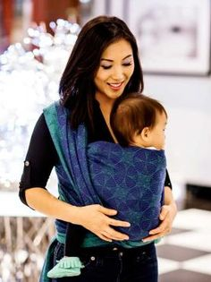 Orion Aurora baby wrap made in Scotland by Oscha Slings from organic combed cotton and Superwash wool.
