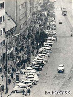 Ulice a námestia - Námestie SNP - Pohľady na Bratislavu Bratislava Slovakia, Prague, Old World, Old Photos, Europe, In This Moment, Travel, Outdoor, Retro