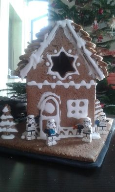 kocham przygotowania do świąt, szczególnie kiedy mam przy sobie małego pomocnika. ten pomocnik to tylko 6-letni elf ale ma wielką moc.