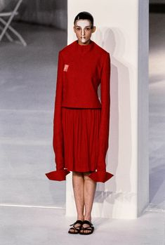 Chalayan Spring 1998 Ready-to-Wear Fashion Show - Audrey Marnay