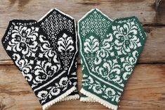 Man kan undra när sommaren tänker komma? Det är väldigt blött överallt häromkring just nu. Under Europaresan blev det många timmar i bussen, och jag ägnade några av dem åt att sticka vantar. Tre he… Knitted Mittens Pattern, Lace Knitting Patterns, Knit Mittens, Knitted Gloves, Knitting Stitches, Knitting Designs, Knitting Socks, Knitting Projects, Baby Knitting