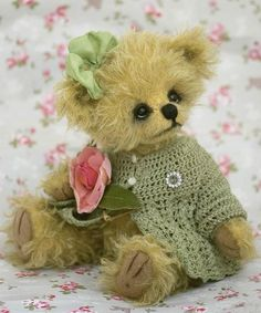 Fell instantly in love...! I would find a place for this adorable teddy bear even if pinks & greens weren't my colors! <3