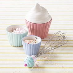 cupcake measuring cups - bombay duck