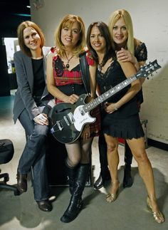 images of the bangles Susanna Hoffs, Toys In The Attic, All About Music, Easy Listening, 80s Music, Rock And Roll, Bangles, Punk, Culture