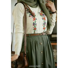 Modern Hijab Fashion, Islamic Fashion, Abaya Fashion, Muslim Fashion, Modest Fashion, Look Fashion, Skirt Fashion, Fashion Dresses, Fashion Muslimah