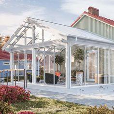 no Home Greenhouse, Diy And Crafts, Pergola, Porch, Backyard Ideas, Country Houses, Sun Room, Balcony, Outdoor Pergola