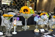The Top table featured a series of Floral Cocktails se on reflective mirrors