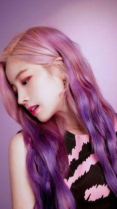 twice dahyun purple hair Nayeon, Kpop Girl Groups, Korean Girl Groups, Kpop Girls, Twice Dahyun, Tzuyu Twice, K Pop, Twice Chaeyoung, Rose Violette