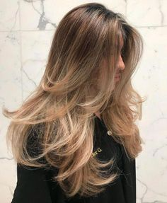 80 Cute Layered Hairstyles and Cuts for Long Hair - Minimal Layers for Long Straight Hair Informations About 80 Cute Layered Hair - Brown Hair Balayage, Brown Blonde Hair, Reverse Balayage, White Blonde, Balayage Straight Hair, Straight Hair Highlights, Natural Blonde Highlights, Balayage Hairstyle, Blonde Honey