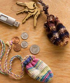 Key Ring Pouch - Free Pattern from Red Heart Yarn Free Crochet Bag, Crochet Pouch, Crochet Keychain, Crochet Amigurumi, Crochet Purses, Crochet Gifts, Crochet Yarn, Crochet Stocking, Loom Knitting