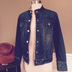 GAP Denim Sherpa Jacket Size S. Sherpa lined. Snap buttons. Excellent condition. Smoke free, clean home. Any questions, let me know! GAP Jackets & Coats Jean Jackets