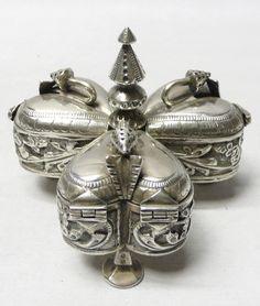 Antique Silver Betel Box - waxantiques