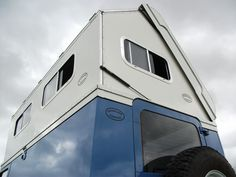 Roverland Campers | Home | Extending Roof Sections or 'Pop-up Roofs' For Land Rovers