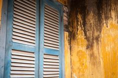 The yellow walls of Hoi An, Vietnam Stock Photography