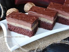 Czech Recipes, Ethnic Recipes, Mini Cheesecakes, Eclairs, Just Desserts, Christmas Cookies, Chocolate Cake, Tiramisu, Tart