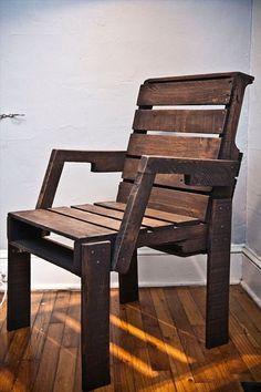 Diverse modele de scaune si sezlonguri pe care le comercializam - toate sunt lucrate manual, pe comanda, folosind diverse materiale, finisaje si culori.