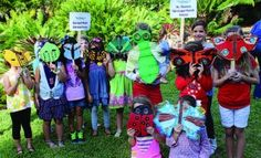 insekt maske challenge - Students from Sunset Park Elementary and St. Thomas Episcopal Parish School display their masks.