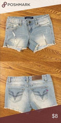 Vigoss Shorts Great condition Vigoss Bottoms Shorts