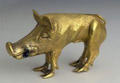 Scythian art: a gold figurine of a wild boar (found in the Khomyna Mohyla kurhan).