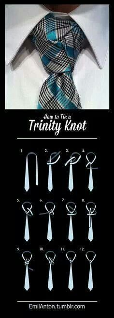 TRINITY KNOT diagram: done it before but forget how at times. One of the most di… TRINITY KNOT diagram: done it before but forget how at times. One of the most difficult knots. Mode Masculine, Sharp Dressed Man, Well Dressed, Trinity Knot Tie, Tie A Necktie, Necktie Knots, Style Masculin, Tie Styles, Men Style Tips