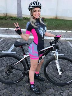 There are many different kinds and styles of mtb that you have to pick from, one of the most popular being the folding mountain bike. The folding mtb is extremely popular for a number of different … Cycling Girls, Cycling Wear, Cycling Outfit, Women's Cycling, Cycling Clothes, Cycling Equipment, Road Bike Accessories, Female Cyclist, Cycle Chic