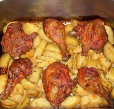 3 csirkecomb, 1 kg burgonya, néhány fűszer, hogy mi lett belőle, az fantasztikus! Korean Chicken Wings, Romanian Food, Getting Hungry, Cooking Recipes, Healthy Recipes, Hungarian Recipes, Tzatziki, Chicken Recipes, Bacon