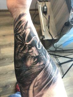 Indian / Alien Tattoo DG