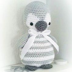@tanyasmonde ich liebe deinen #pitschu  Pattern /Anleitung in my etsy shop  #amaloudesigns #pattern #anleitung #pitschu #penguin #pinguin #crochetanimal #gehäkelt #crochetlove #amigurumi #amigurumidoll #doll #handmadetoy #spieluhr