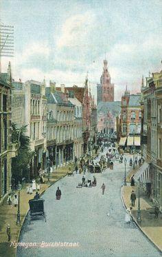 Vintage Postcard - Nijmegen Burchtstraat