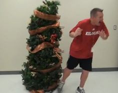 High school prank uses Christmas tree to scare the tinsel out of teachers, students....freakin' hilarious!!