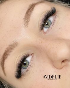 𝘞𝘩𝘦𝘯 𝘪𝘵 𝘤𝘰𝘮𝘦𝘴 𝘵𝘰 𝘭𝘢𝘴𝘩 𝘦𝘹𝘵𝘦𝘯𝘴𝘪𝘰𝘯𝘴, 𝘵𝘩𝘦𝘳𝘦 𝘢𝘳𝘦 𝘴𝘰 𝘮𝘢𝘯𝘺 𝘥𝘪𝘧𝘧𝘦𝘳𝘦𝘯𝘵 𝘴𝘵𝘺𝘭𝘦𝘴 𝘵𝘩𝘢𝘵 𝘤𝘢𝘯 𝘣𝘦 𝘢𝘤𝘩𝘪𝘦𝘷𝘦𝘥𝘥𝘦𝘱𝘦𝘯𝘥𝘪𝘯𝘨 𝘰𝘯 𝘵𝘩𝘦 𝘥𝘦𝘴𝘪𝘳𝘦𝘥 𝘧𝘪𝘯𝘢𝘭 𝘓𝘰𝘰𝘬 ( 𝘢𝘯𝘥 𝘰𝘧 𝘤𝘰𝘶𝘳𝘴𝘦, 𝘺𝘰𝘶'𝘳𝘦 𝘯𝘢𝘵𝘶𝘳𝘢𝘭 𝘭𝘢𝘴𝘩𝘦𝘴-𝘭𝘢𝘴𝘩 𝘩𝘦𝘢𝘭𝘵𝘩 𝘪𝘴 𝘢𝘭𝘸𝘢𝘺𝘴 𝘵𝘰𝘱 𝘱𝘳𝘪𝘰𝘳𝘪𝘵𝘺) ————————————————————————— #eyelashextensions #eyelashes #megavolume #megavolumelashes #amdelie #amdeliebeautyloft #graz #austria… Beauty Loft, Graz Austria, Eyelash Growth, Natural Lashes, Eyelash Extensions, Different Styles, Eyelashes, Eye Makeup, Things To Come