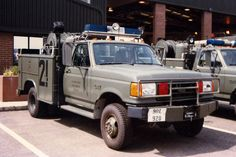 Air Force Military Fire Trucks | Ford F350/P-27 United States Air Force 90L920 | Flickr - Photo Sharing ...