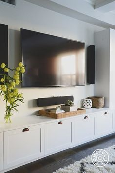 7 Crazy Tips and Tricks: Minimalist Home Living Room Frames room minimalist bedr. 7 Crazy Tips and Tricks: Minimalist Home Living Room Frames room minimalist bedr… : 7 Crazy Tips Tv Cabinet Design, Cozy Family Rooms, Family Room Design With Tv, Basement Family Rooms, Family Den, Family Room Walls, Muebles Living, Minimalist Home, Minimalist Bedroom