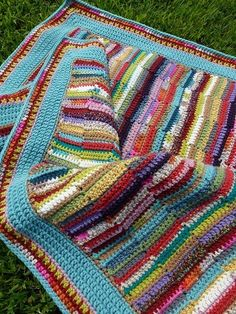 Scrappy Crochet Blanketbychitweedon Flickr. Ah … I see SO much potential … I now just need to find the pattern …
