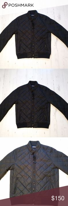 Polo Ralph Lauren Men Diamond Quilted Jacket Coat Polo Ralph Lauren Men's Diamond Quilted Jacket Coat Small Black Zip Buckle  Polo Ralph Lauren Men's Diamond Quilted Jacket with zip pockets & buckle neck option Size: Small  Color: Black Pre-owned, used once for winter Polo by Ralph Lauren Jackets & Coats Puffers
