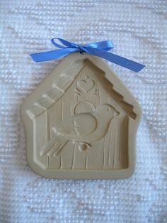 BROWN BAG COOKIE ART 1997 HILL DESIGN BIRD HOUSE COOKIE MOLD CUTTER