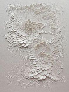 (c) Lauren Collin Bas Relief en Papier Aquarelle Grain Satiné Format cm Wall Sculptures, Sculpture Art, Art Texture, Visual Texture, Textile Texture, White Texture, Plaster Art, Paperclay, Kirigami