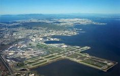 San Francisco Airport SFO Gorgeous to fly in to when it's sunny.   Geat views!