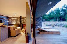El Patio House / Lucas Mc Lean