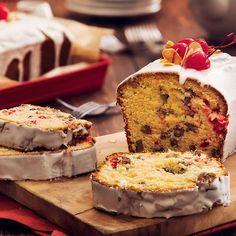 ¡Celebra la Navidad compartiendo con los que más quieres y regalonéalos con este Queque navideño con frosting de Philadelphia! |… Bunt Cakes, Fondant Cakes, Food N, Food And Drink, Christmas Bread, Flan, Cheesecakes, Yummy Cakes, Vanilla Cake