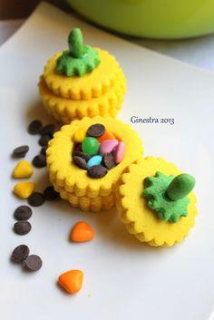 halloween cookies box http://laginestraeilmare.blogspot.it/