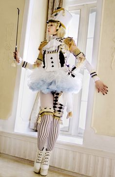 SAKIZO/Alice's World/Spade card soldier 01 by ou-oneone on DeviantArt Harajuku Fashion, Kawaii Fashion, Lolita Fashion, Cute Fashion, Mode Alternative, Alternative Fashion, Steam Punk, Kawaii Dress, Lolita Cosplay
