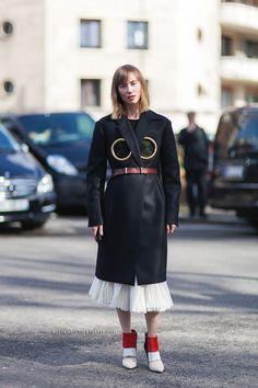 7482-Athens-Streetstyle-Anya-Ziourova-Paris-Fashion-Week-Fall-Winter-2014-2015-Street-Style