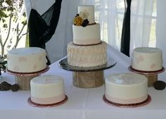 Rose Petal Wedding Cake Display - a great way to offer your guests variety