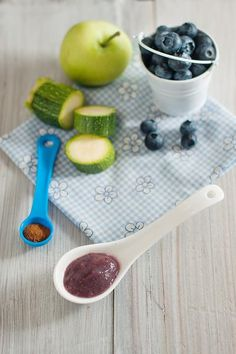 Zucchini Apple Blueberry And Cinnamon Baby Puree. Zucchini Apple Blueberry And Cinnamon Baby Puree. Healthy Baby Food, Healthy Snacks, Healthy Recipes, Healthy Kids, Baby Puree Recipes, Pureed Food Recipes, Toddler Meals, Kids Meals, Toddler Food