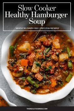 Slow Cooker Healthy Hamburger Soup Packed to the max with veggies and full of flavor this Slow Cooker Healthy Hamburger Soup is a hearty recipe youll wan. Slow Cooker Hamburger Soup, Healthy Hamburger, Slow Cooker Beef, Slow Cooker Recipes, Real Food Recipes, Crockpot Recipes, Soup Recipes, Healthy Recipes, Slow Cooker Meal Prep